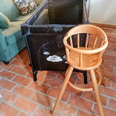High chair and crib are available to borrow.